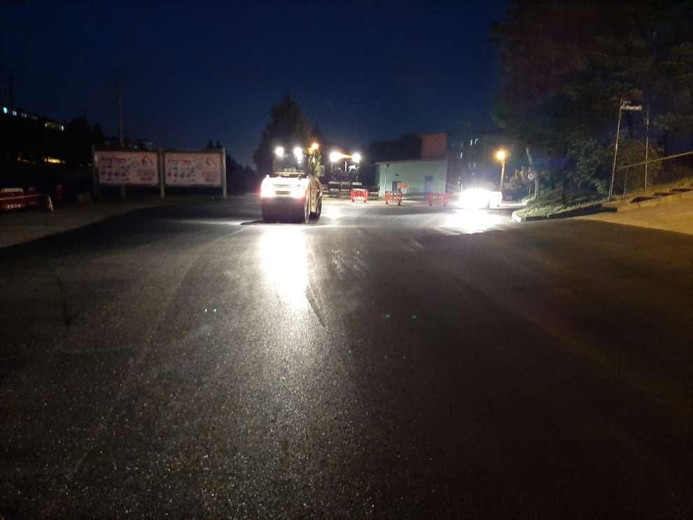 D-100 Karayoluna katılım kolu olarak kullanılan Ahududu Sokak'ta yol onarımı yapıldı