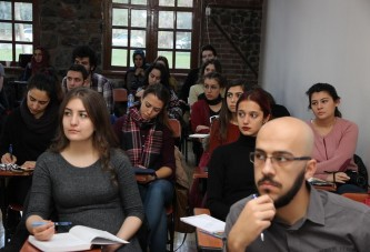 Akademi Üniversite, üniversite öğrencilerine yeni ufuklar açıyor