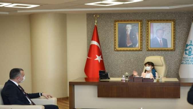 Başkan Büyükakın, makamını 2. sınıf öğrencisi Atalay'a bıraktı