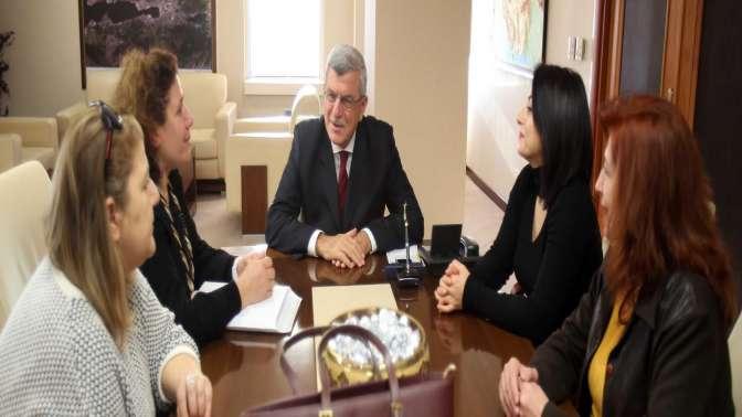 Başkan Karaosmanoğlu, ''Muasır medeniyetler seviyesine bu yavrularımız ulaştıracak''