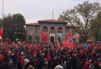 CHP'liler Anıtkabir'e yürüyor