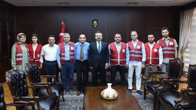 Darıca Kızılay'dan Kocaeli Valisi Hüseyin Aksoy'a ziyaret