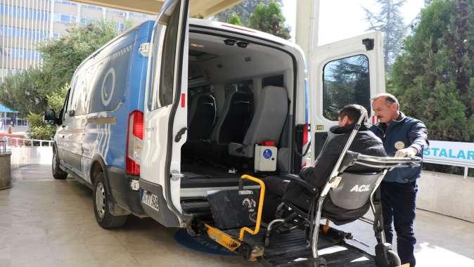 ''Engelsiz Taksi'' ile 5 bin 213 ulaşım hizmeti