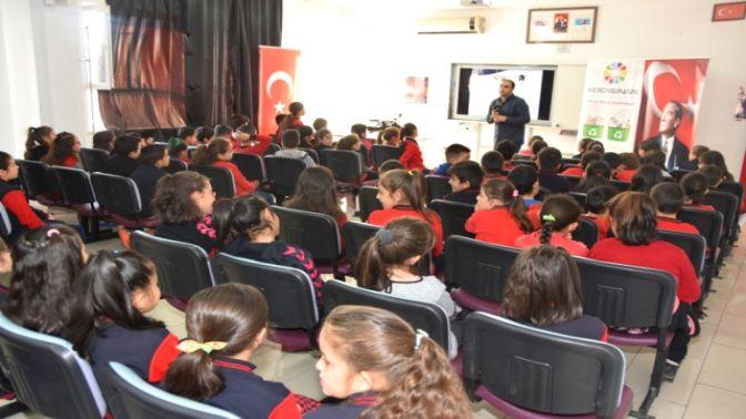 Kocasinan'da Öğrencilere Yönelik Eğitim Seminerleri Devam Ediyor