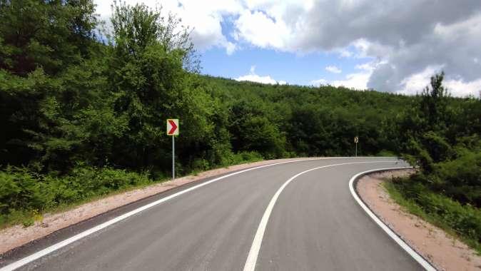 Körfez radar yolunda yol çizgileri çizildi