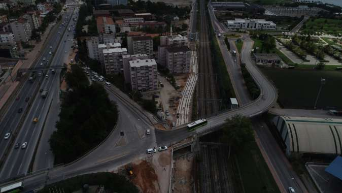Mevlana Kavşağı tekrar trafiğe açıldı