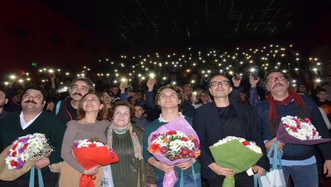 Naim Süleymanoğlu Filmin Galası Gebze'de de Gerçekleşti