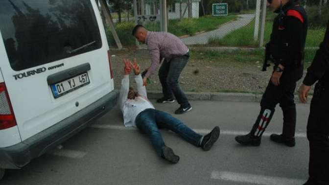 Pompalı tüfekli sarhoşlar korku saçtı