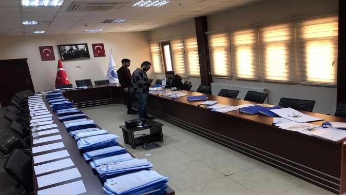 Şayir'in Maaşı Öğrencilere Burs Oldu