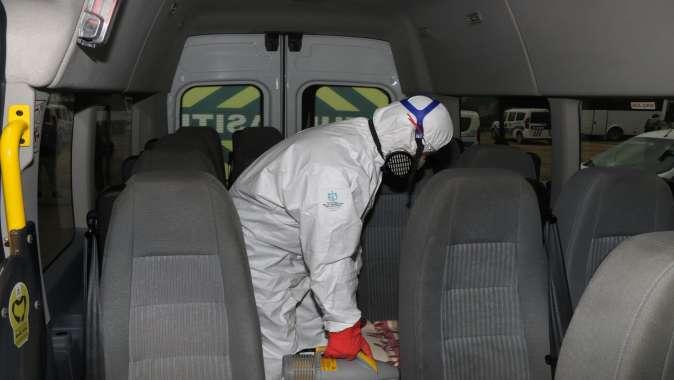 Servis araçları dezenfeksiyon ediliyor