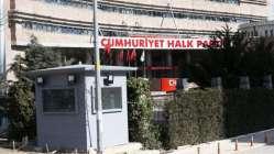 CHP Genel Merkez binası önüne yerleştirildiler...