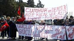 Cumhurbaşkanı Erdoğan o pankartı görünce...