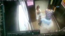 Küçük Kız Kolunu Asansörün Kapısına Kaptırdı