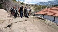 Kumluca'da heyelan nedeniyle 12 ev boşaltıldı
