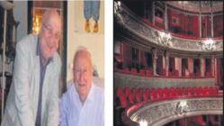 Mankenlik yarışması Paris'in tarihi tiyatrosunda yapılıyor