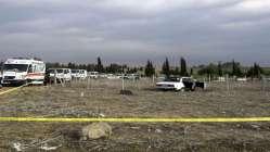 Mezarlıkta silahla vurulmuş 3 erkek cesedi bulundu!