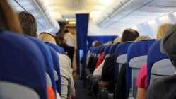 Uçakta kural tanımayan yolcular yandı