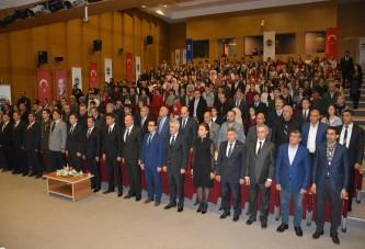 Tüm yurtta olduğu gibi Dilovası'nda da 10 Kasım Atatürk'ü anma etkinlikleri yapıldı.