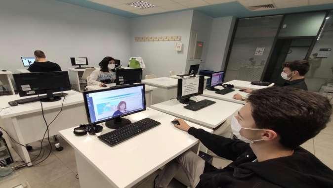 Türkiye'de ilk olan 27 EBA Erişim Noktası öğrencilerin hizmetinde