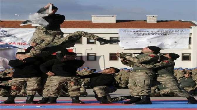 """Uzman erbaşlar """"terörle mücadele kursu""""nu tamamladı"""