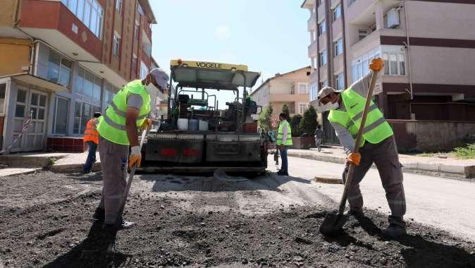 Başkan Büyükakın, Darıca Battalgazi Caddesi'ndeki çalışmaları inceledi