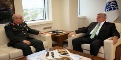 Komutandan, Başkan Karaosmanoğlu'na ziyaret